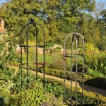 Harrod Steel Round Obelisks – Matt Black