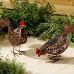 Metal Scroll Solar Hens (pack Of 2)