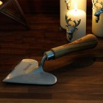 Heart Shaped Trowel By Sneeboer